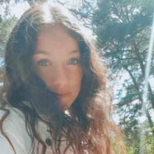 Profile photo of Rachel Ennis
